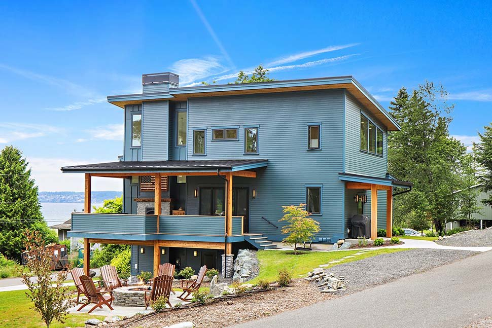 Contemporary, Modern Plan with 2287 Sq. Ft., 3 Bedrooms, 3 Bathrooms, 2 Car Garage Picture 3