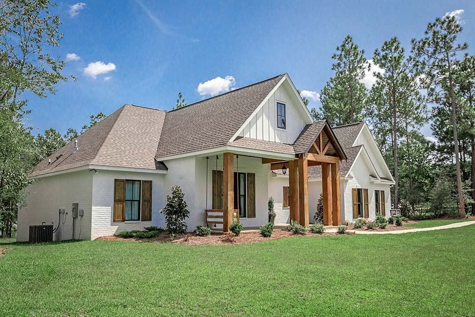 Country, Craftsman, Farmhouse Plan with 2373 Sq. Ft., 4 Bedrooms, 3 Bathrooms, 2 Car Garage Picture 22
