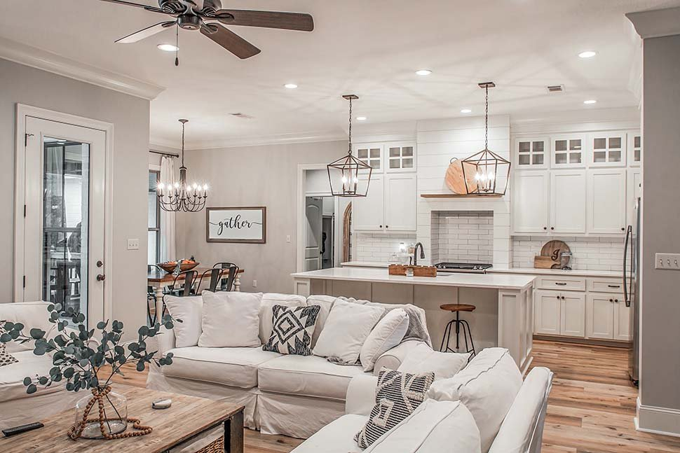 Country, Craftsman, Farmhouse Plan with 2373 Sq. Ft., 4 Bedrooms, 3 Bathrooms, 2 Car Garage Picture 5