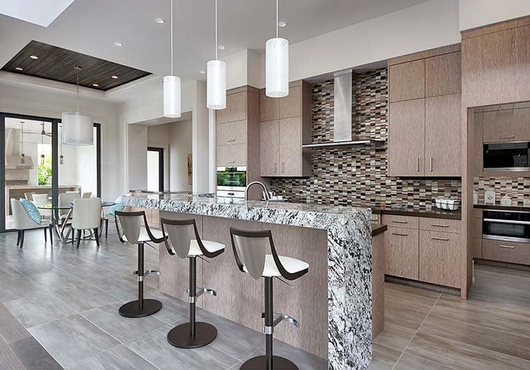Coastal, Contemporary, Florida, Mediterranean Plan with 4350 Sq. Ft., 4 Bedrooms, 5 Bathrooms, 3 Car Garage Picture 14