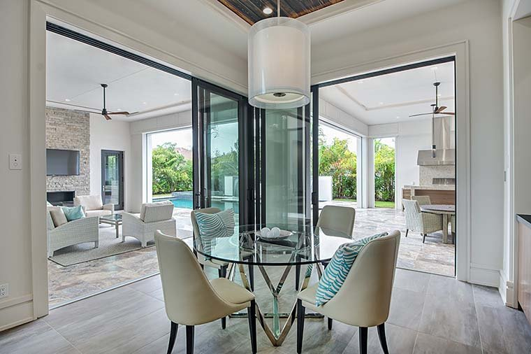 Coastal, Contemporary, Florida, Mediterranean Plan with 4350 Sq. Ft., 4 Bedrooms, 5 Bathrooms, 3 Car Garage Picture 15