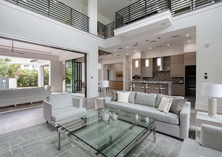 Coastal, Contemporary, Florida, Mediterranean Plan with 4350 Sq. Ft., 4 Bedrooms, 5 Bathrooms, 3 Car Garage Picture 17