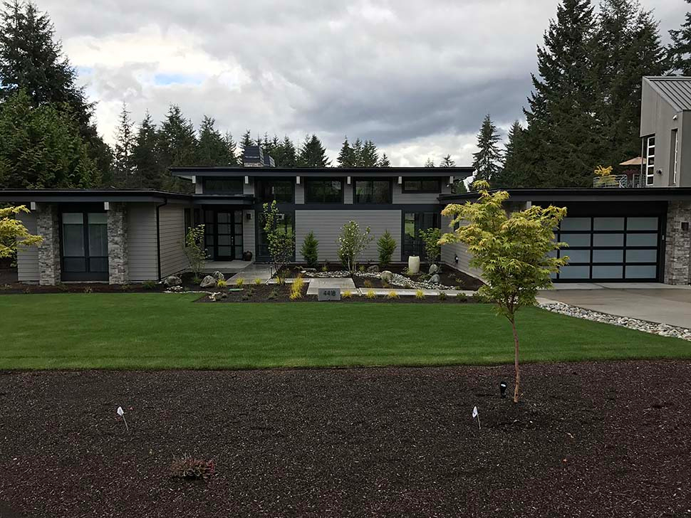 Contemporary, Modern Plan with 2557 Sq. Ft., 3 Bedrooms, 3 Bathrooms, 2 Car Garage Picture 8