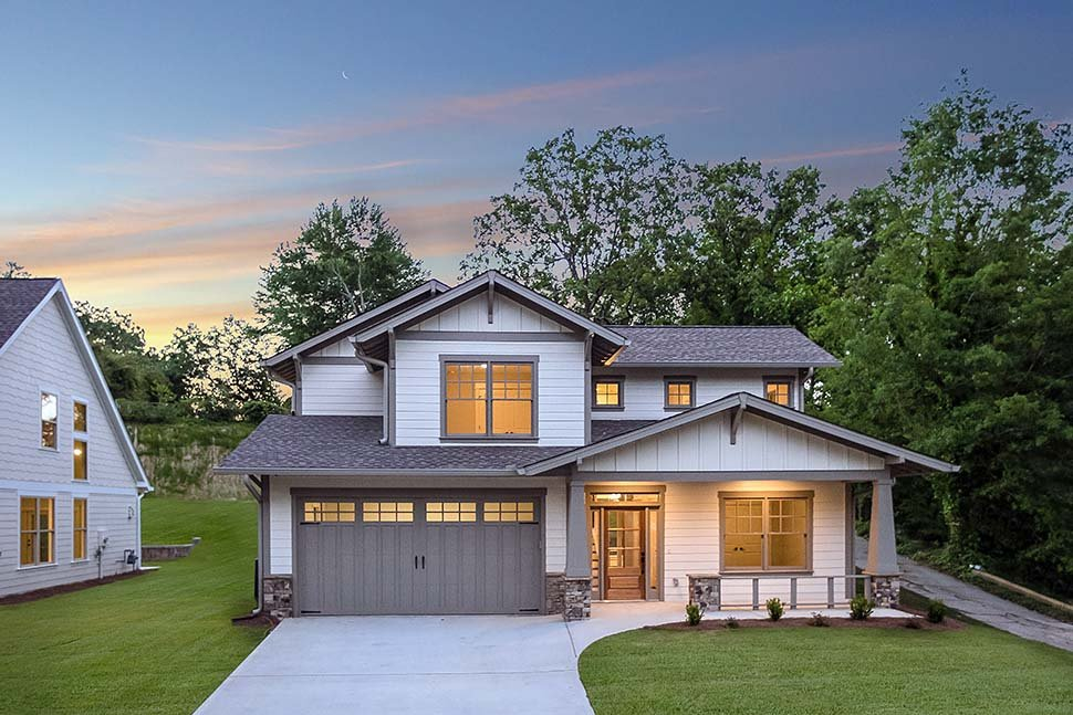 Bungalow, Craftsman Plan with 2002 Sq. Ft., 3 Bedrooms, 3 Bathrooms, 2 Car Garage Picture 2