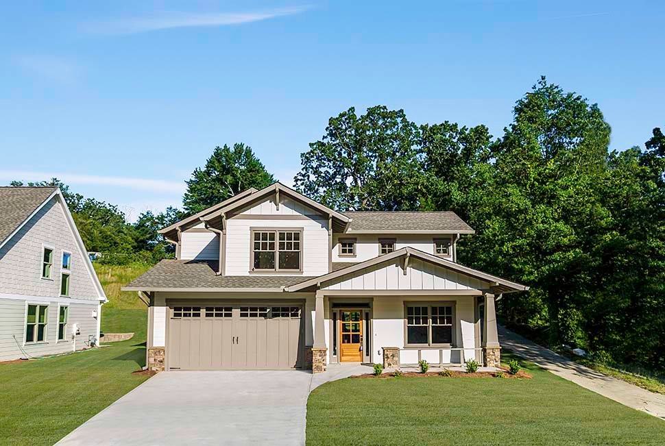 Bungalow, Craftsman Plan with 2002 Sq. Ft., 3 Bedrooms, 3 Bathrooms, 2 Car Garage Picture 4