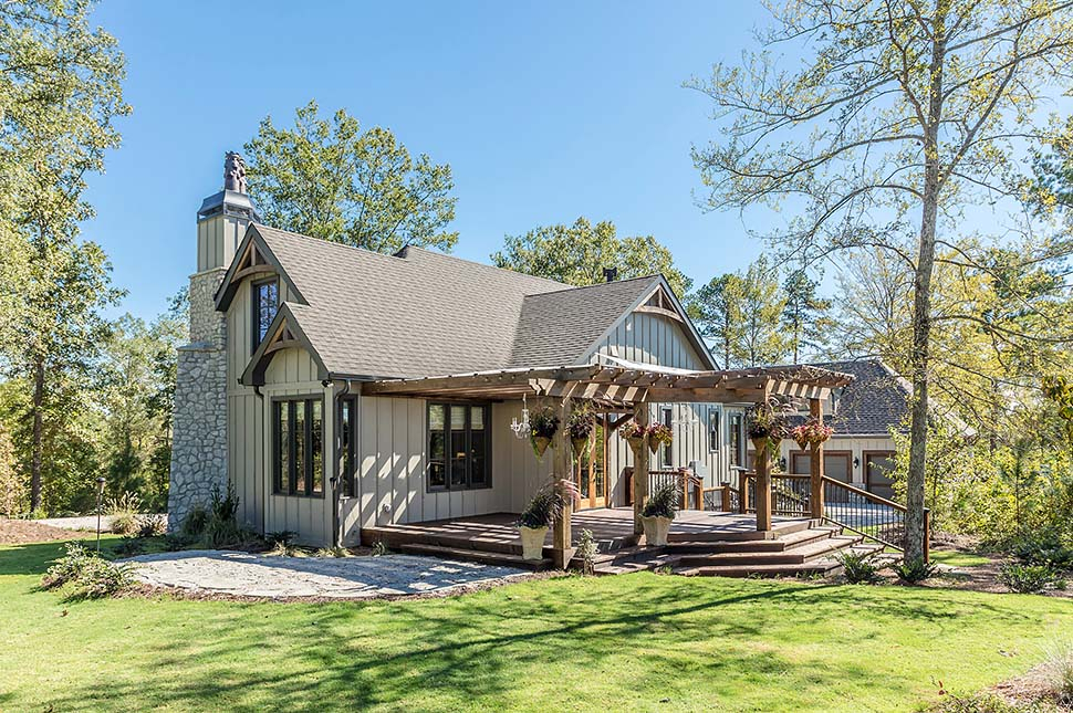 Cottage, French Country, Tudor Plan with 782 Sq. Ft., 2 Bedrooms, 1 Bathrooms Picture 4