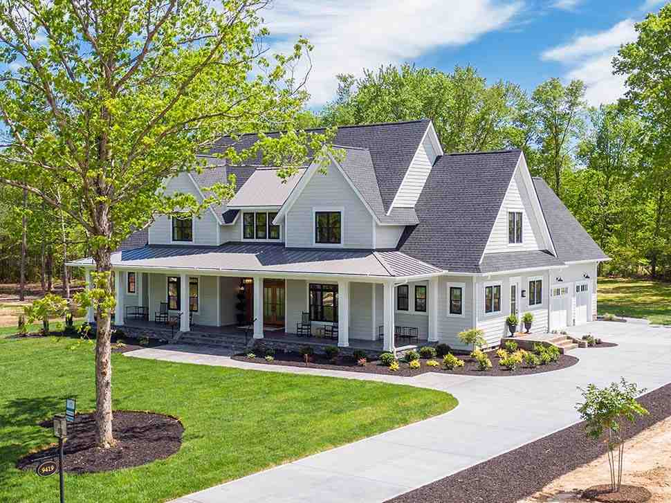 Country, Farmhouse, Traditional House Plan 42698 with 4 Beds, 4 Baths, 3 Car Garage Picture 6