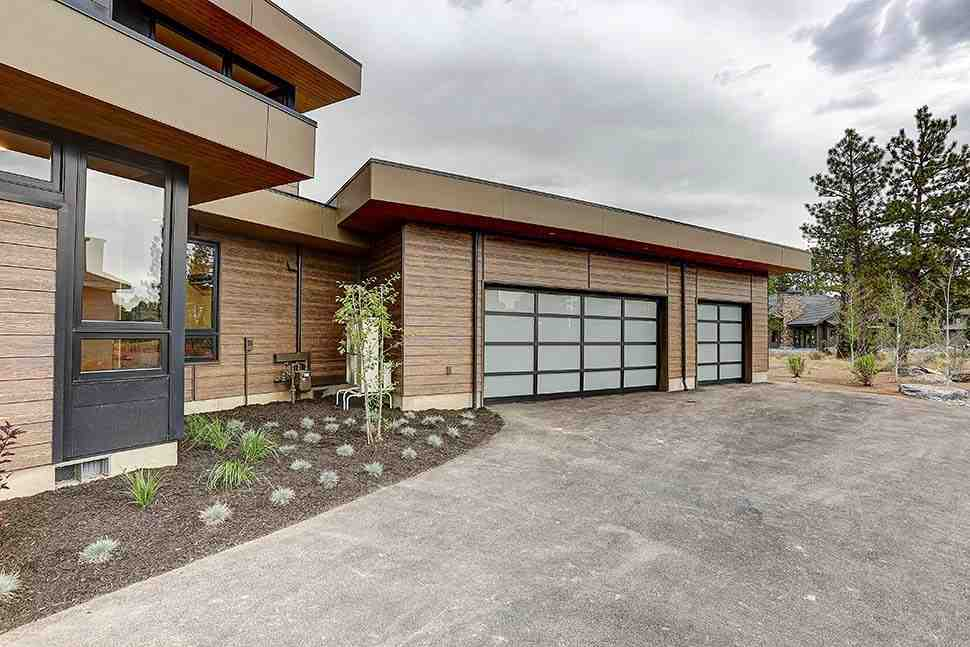 Contemporary House Plan 43331 with 4 Beds, 5 Baths, 3 Car Garage Picture 6