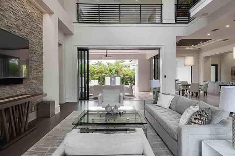 Coastal, Contemporary, Florida, Mediterranean House Plan 52931 with 4 Beds, 5 Baths, 3 Car Garage Picture 15