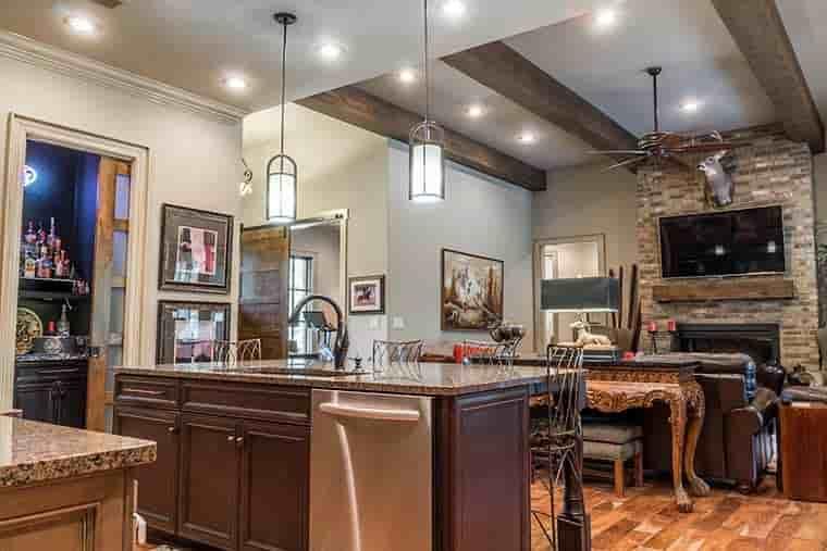 Craftsman, European House Plan 82230 with 4 Beds, 4 Baths, 3 Car Garage Picture 19