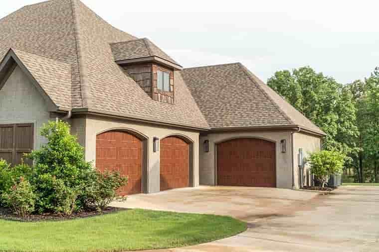 Craftsman, European House Plan 82230 with 4 Beds, 4 Baths, 3 Car Garage Picture 4