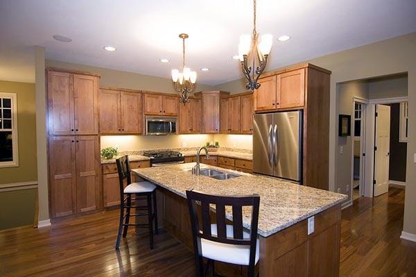 Craftsman Traditional House Plan 42505