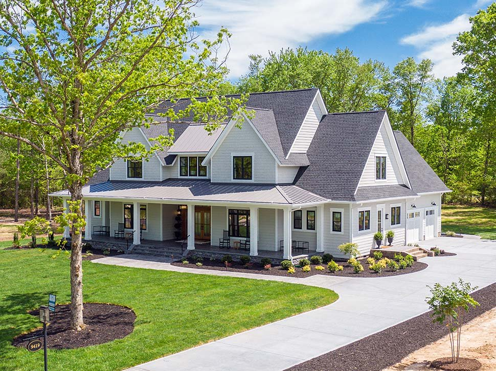 Country, Farmhouse, Traditional Plan with 3952 Sq. Ft., 4 Bedrooms, 4 Bathrooms, 3 Car Garage Picture 7