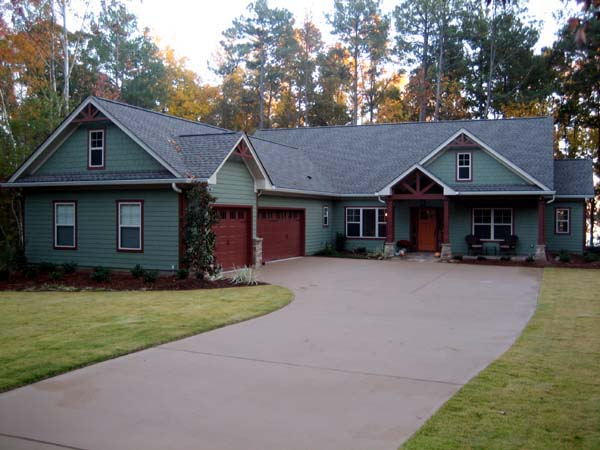 House plan 50223 at family home plans for L shaped ranch style homes