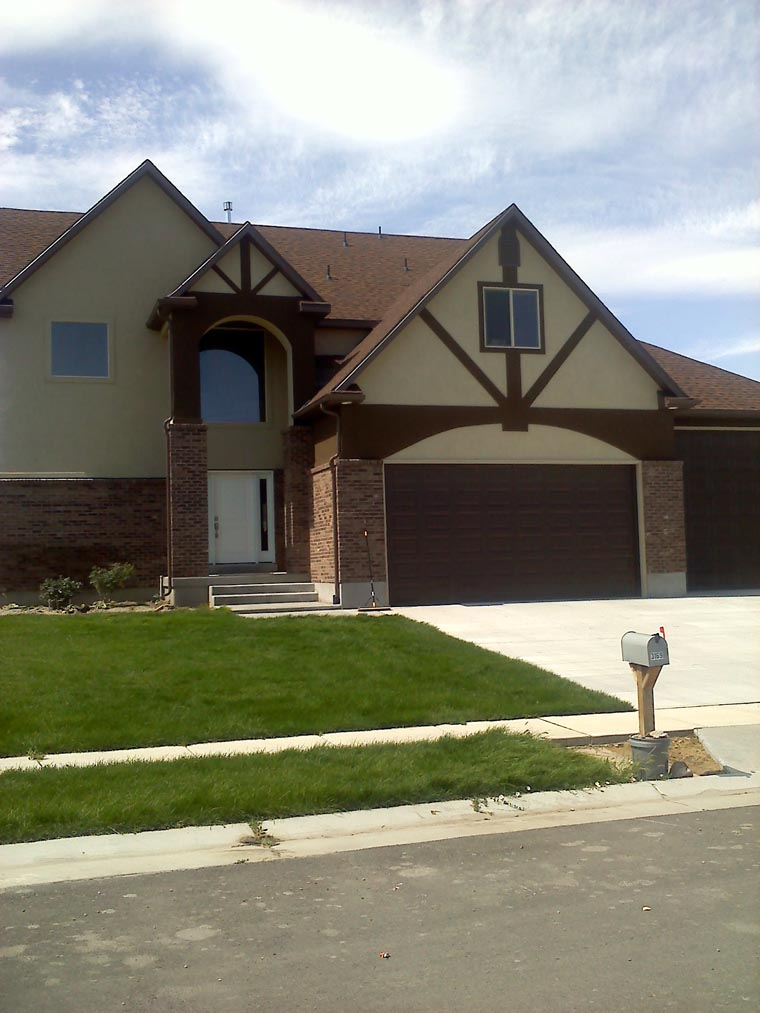 House Plan 50422 with 6 Beds, 5 Baths, 4 Car Garage Picture 4