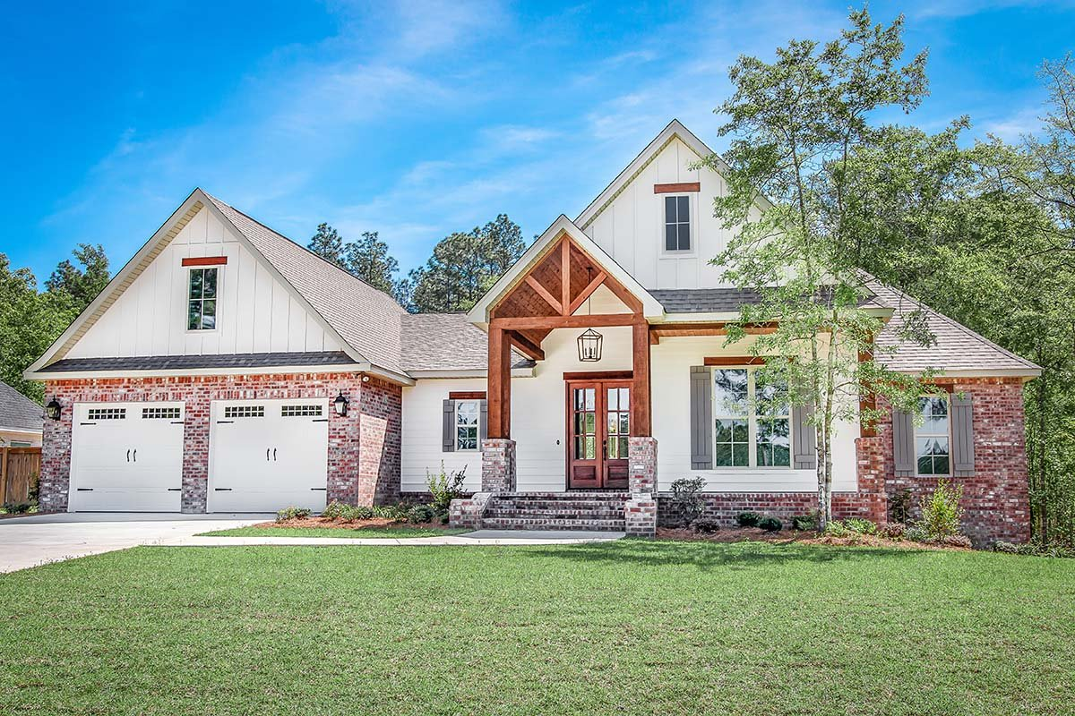 Country, Farmhouse, Traditional Plan with 2281 Sq. Ft., 4 Bedrooms, 2 Bathrooms, 2 Car Garage Elevation
