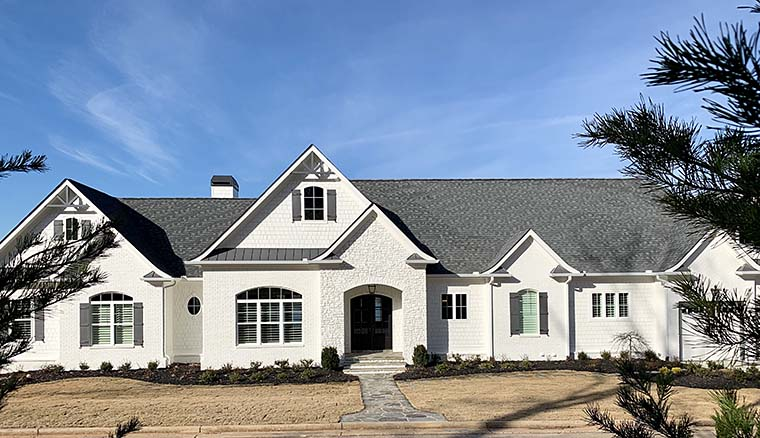 Craftsman, Traditional House Plan 52010 with 4 Beds, 5 Baths, 4 Car Garage Picture 5