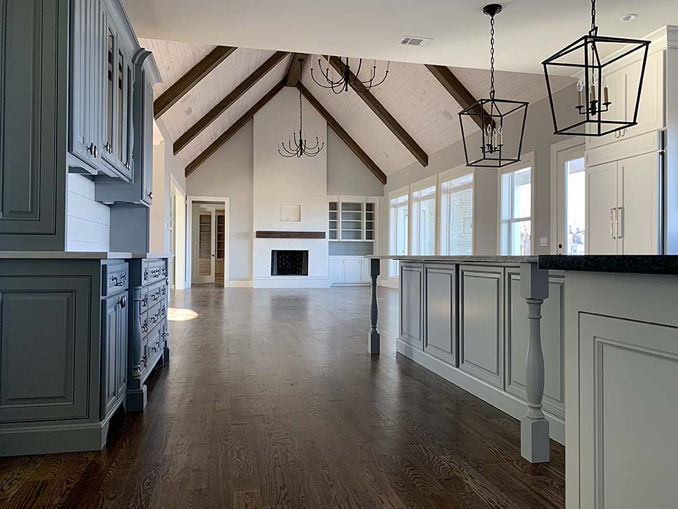 Craftsman, Traditional House Plan 52010 with 4 Beds, 5 Baths, 4 Car Garage Picture 8