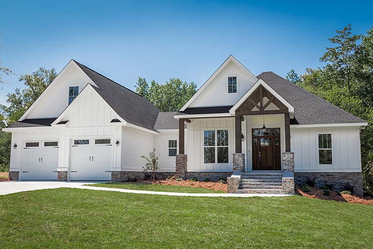 Country Craftsman Southern Traditional House Plan 56911