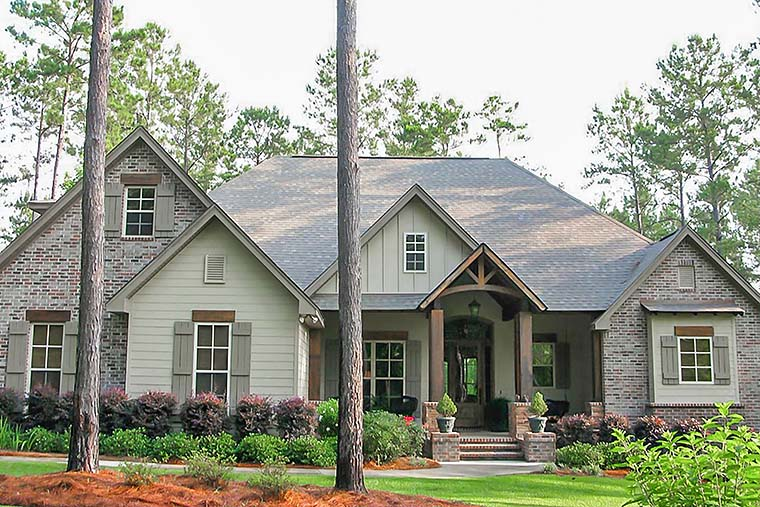 Country Craftsman Traditional House Plan 56922