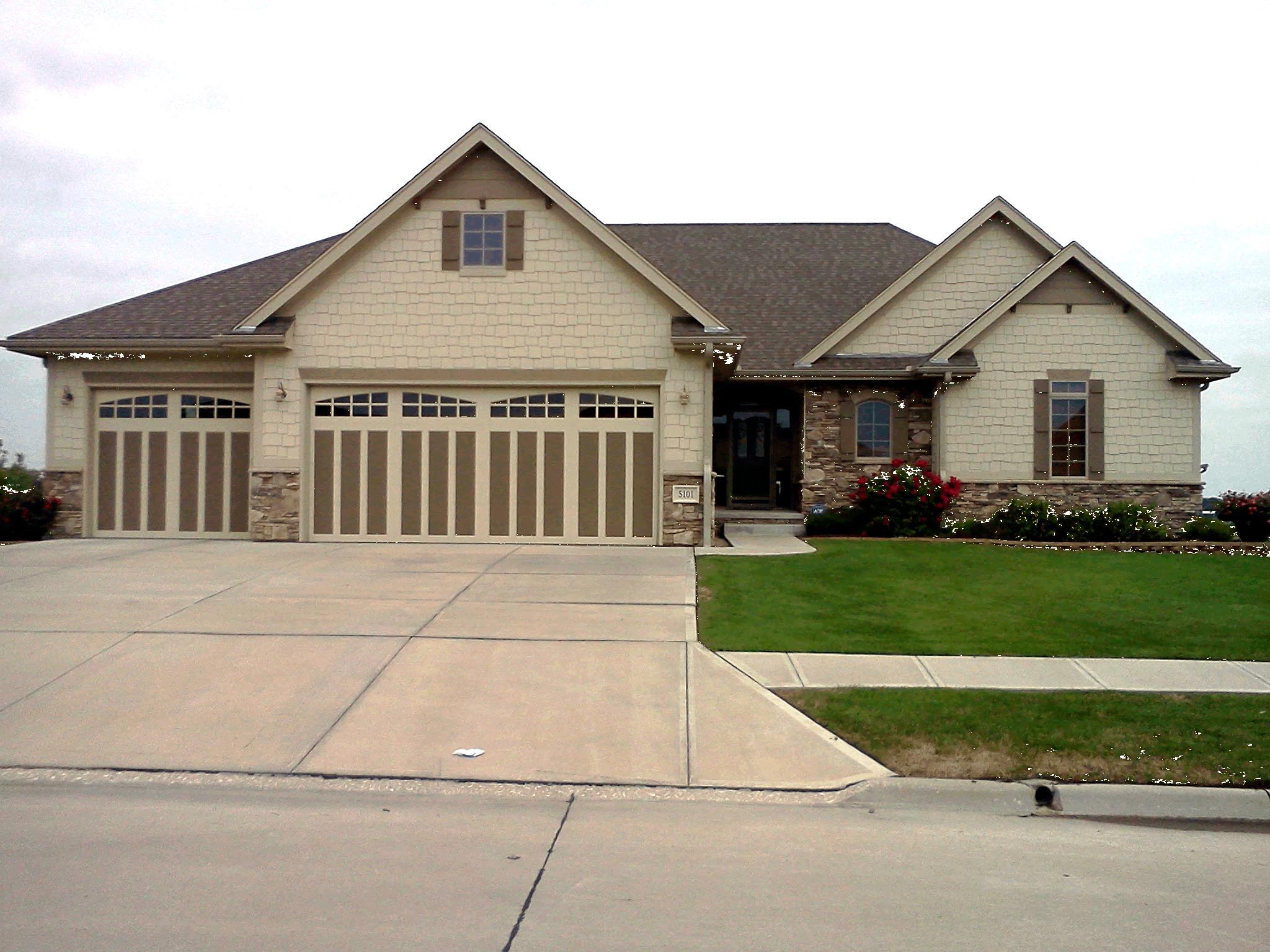 European House Plan 66687 with 3 Beds, 2 Baths, 3 Car Garage Picture 1