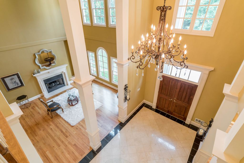 Colonial, Greek Revival Plan with 6177 Sq. Ft., 4 Bedrooms, 5 Bathrooms, 3 Car Garage Picture 5