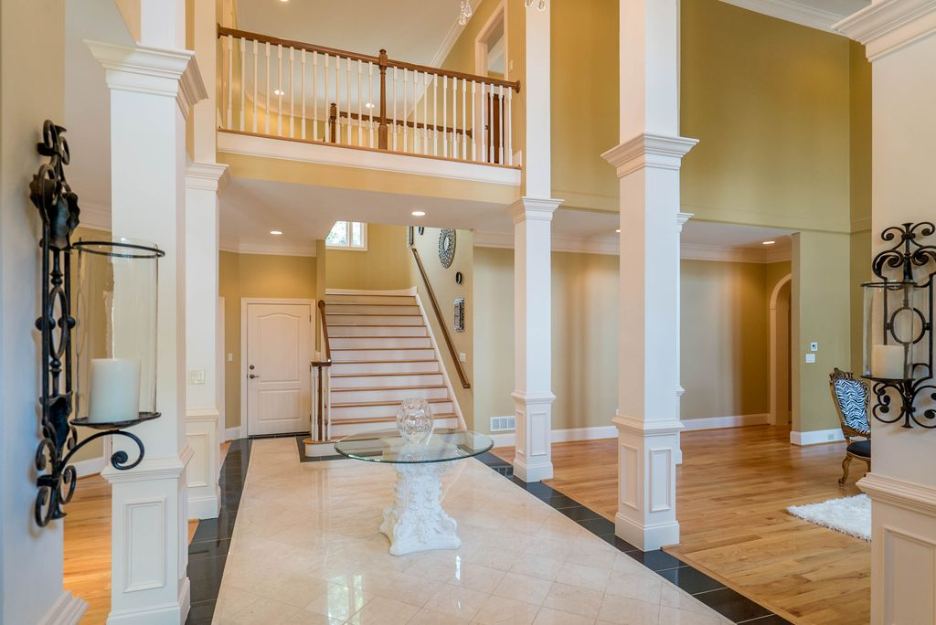 Colonial, Greek Revival Plan with 6177 Sq. Ft., 4 Bedrooms, 5 Bathrooms, 3 Car Garage Picture 6