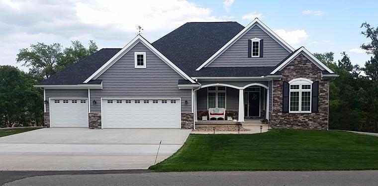 OneStory House Plan 73318