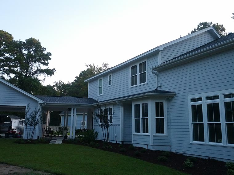 Craftsman Farmhouse House Plan 74020