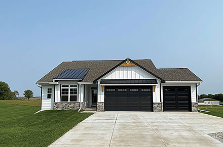 House Plan 75781