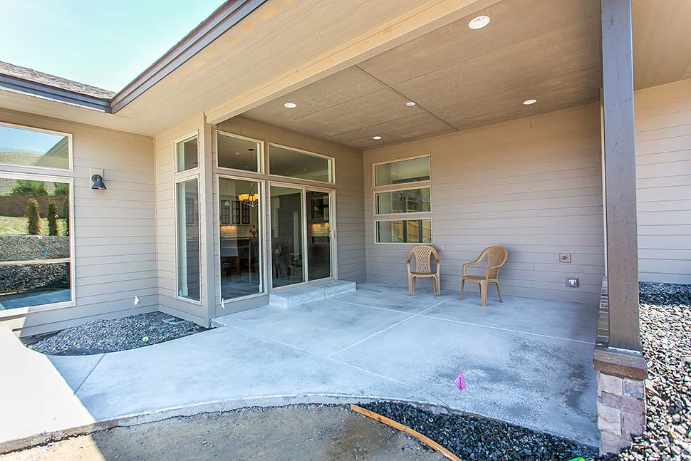 Contemporary, Modern, Prairie House Plan 81298 with 3 Beds, 3 Baths, 2 Car Garage Picture 17