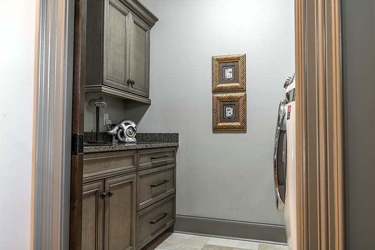 Craftsman, European House Plan 82230 with 4 Beds, 4 Baths, 3 Car Garage Picture 20