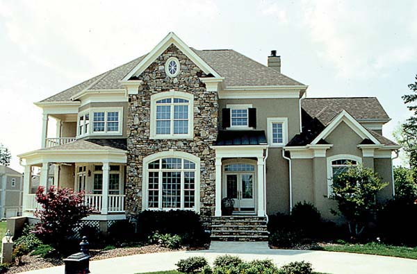 Traditional House Plan 85511