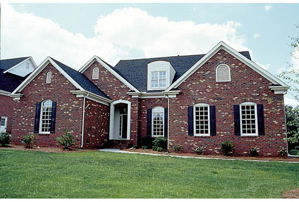 Traditional House Plan 97013 with 3 Beds, 4 Baths, 2 Car Garage Elevation