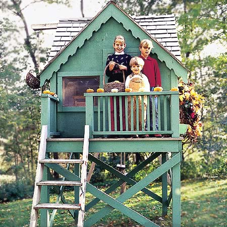 Project plan 300988 warm and welcome playhouse for Playhouse with garage plans