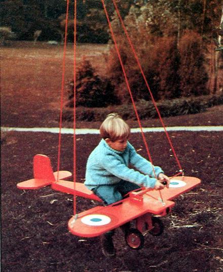 504161 - Swinging Airplane